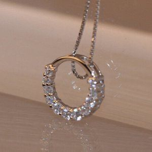 NEW 925 Sterling Silver Diamond Circle Necklace